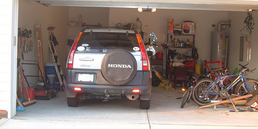 cleaning out your garage before winter is the perfect home improvement project for fall